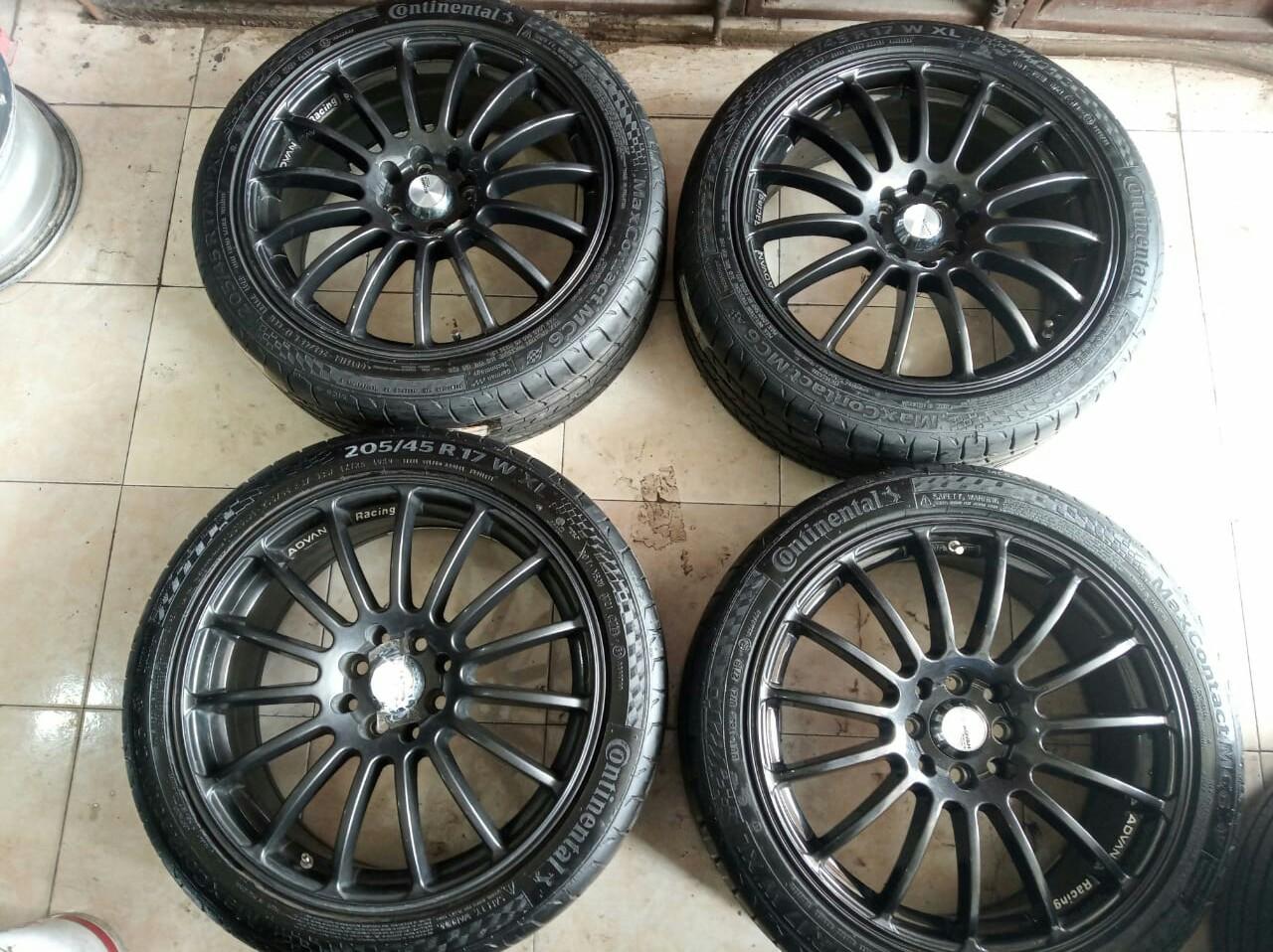 Jual Veleg Racing mobil + Ban 205 45 17 pcd 8X100/114,3 Grey