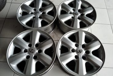 Velg second oem fortuner ring 17