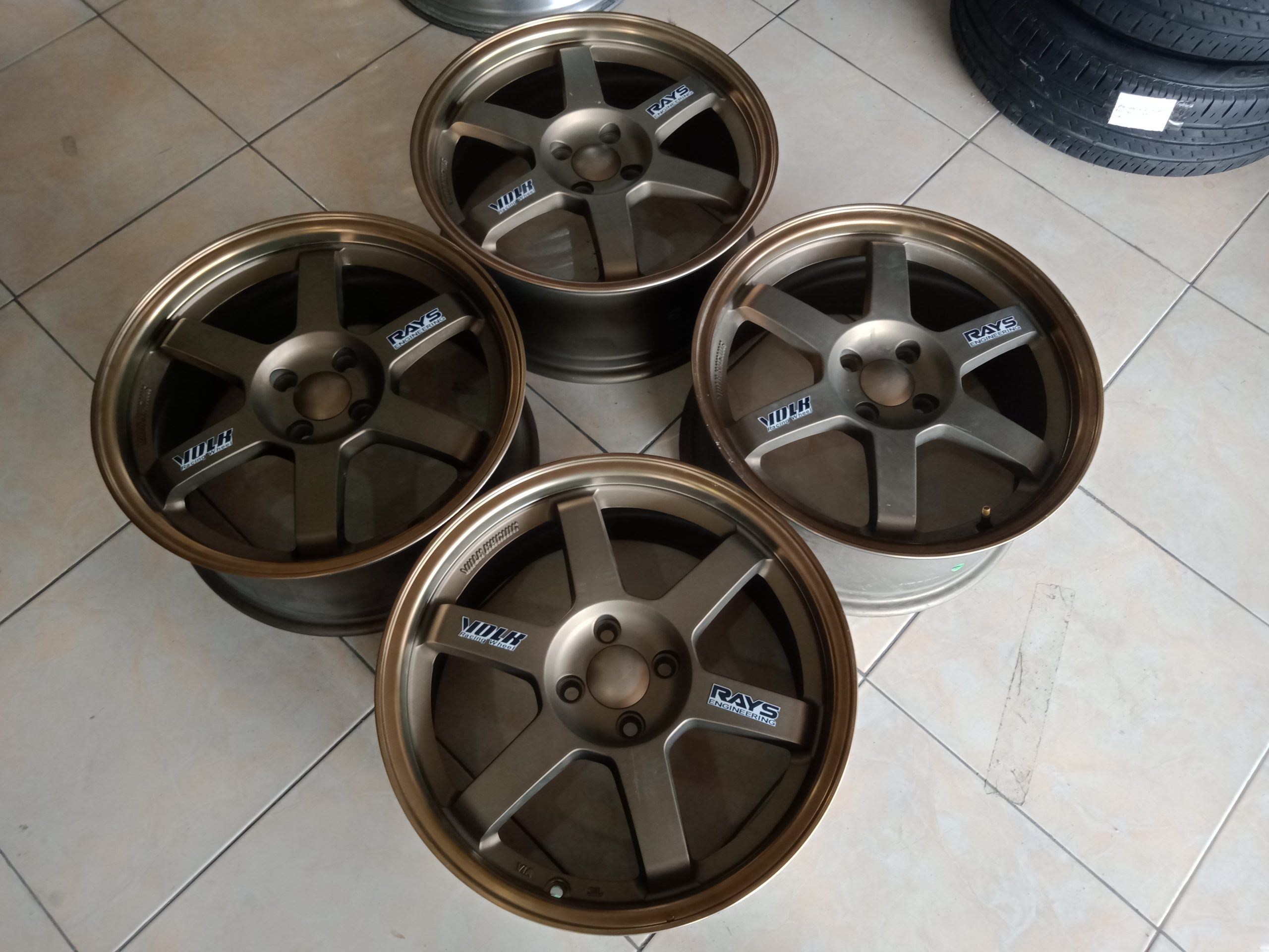 Velg Racing TE37 Ring17 Pcd4x100 Bronze