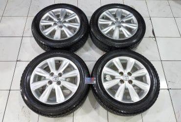 Dijual Velg Second Copotan Mobil Toyota Yaris R15 Plus Ban
