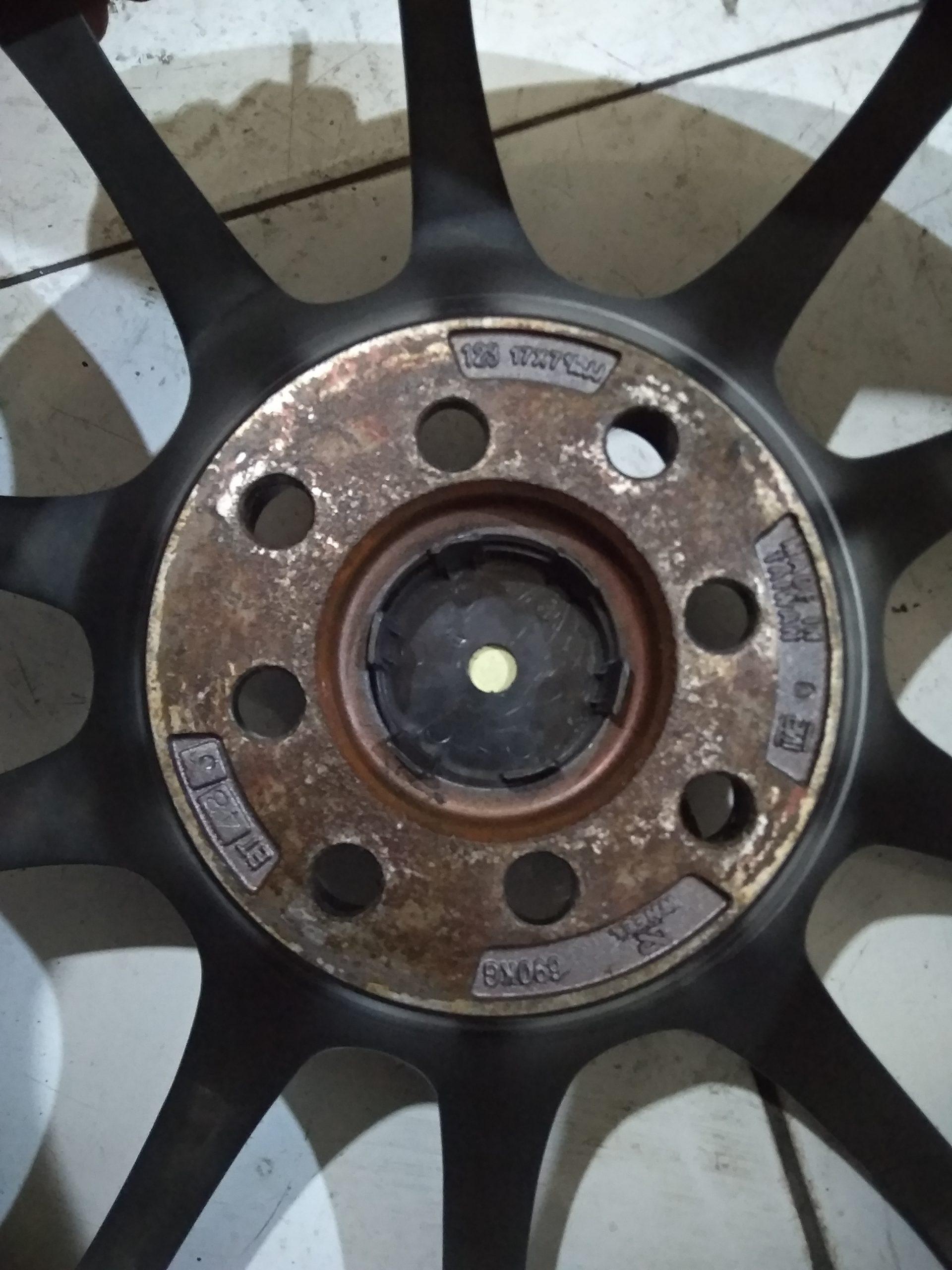 Velg advan r17x7/1/2 pcd 4×100/114 et48