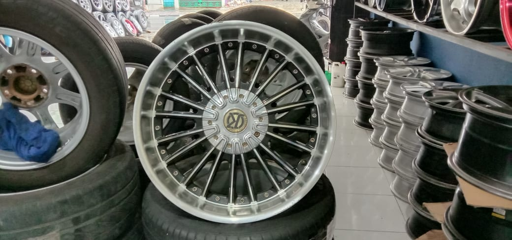 Velg Mobil Racing K-SPEED R20X9 5X114,3ET45