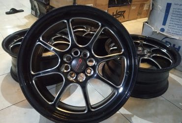 veleg racing mobil type PROJECT R17X7 h8X100/114,3 ET40 Black polis