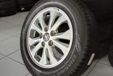 Velg Mobil STD NEW LIVINA + BAN DUNLOP 185 65 R15