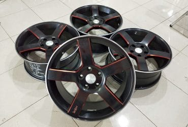 Velg km690 ring18x8 pcd5x114,3 et45 balck red
