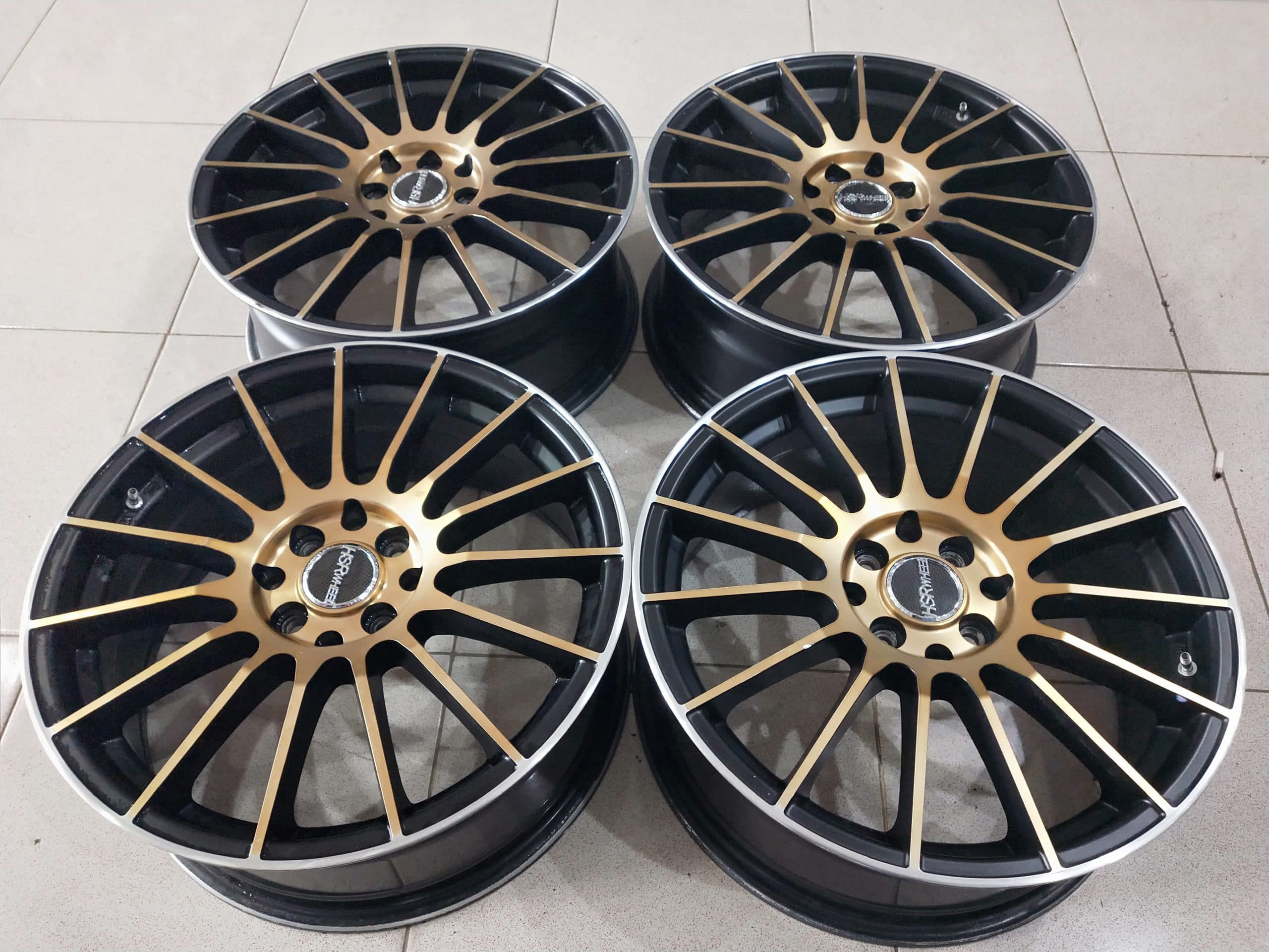 Velg racing race ring17x7,5 pcd8x100-114,3 et40