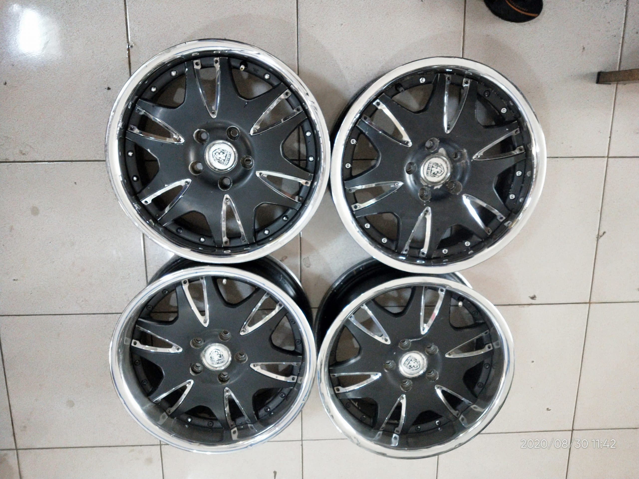 Velg second club linea murah ring17 pcd5x114,3
