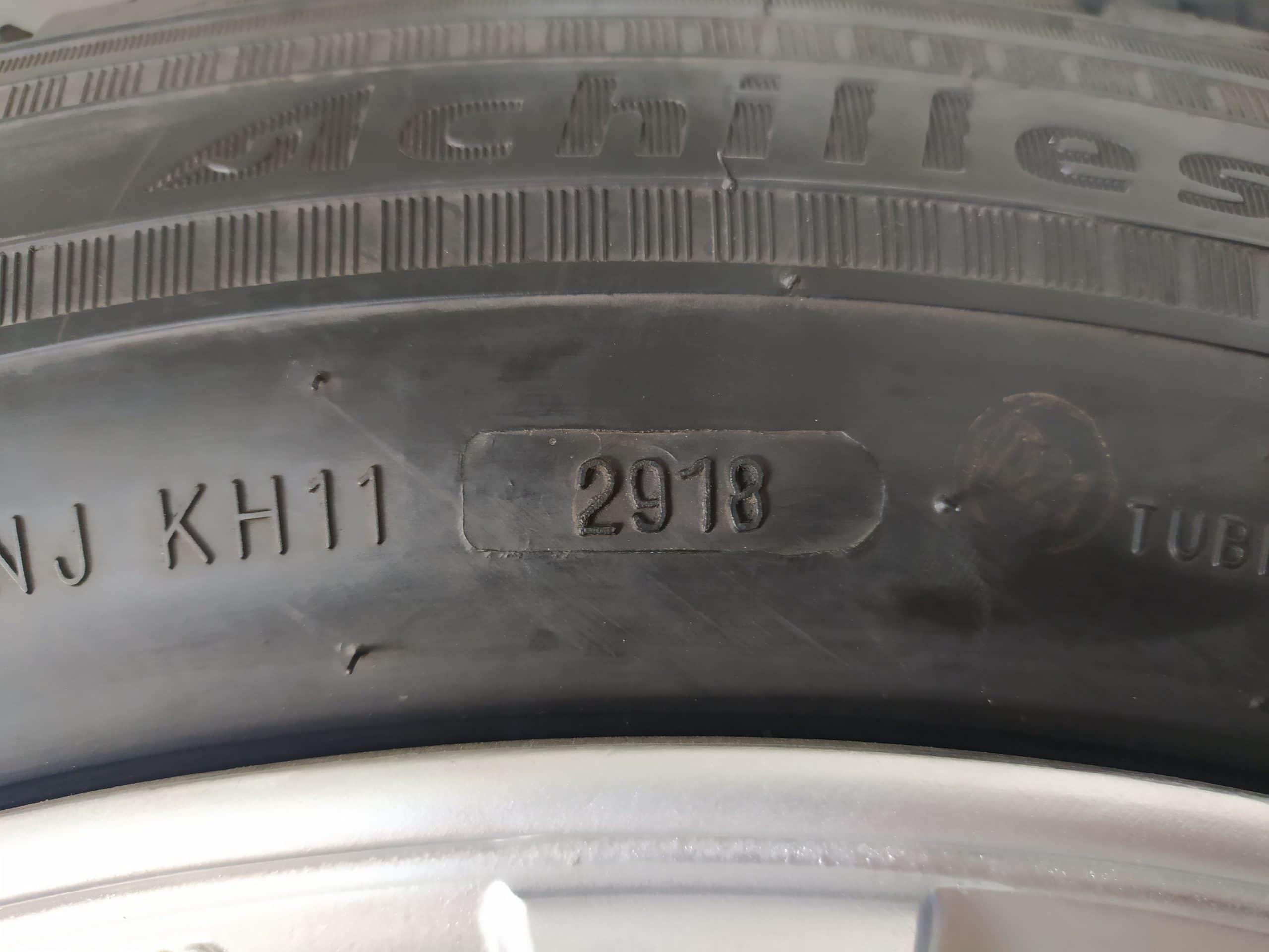 VELG BEKAS TYPE MILANO RING 18 + BAN ACHILLES 225/55/R18