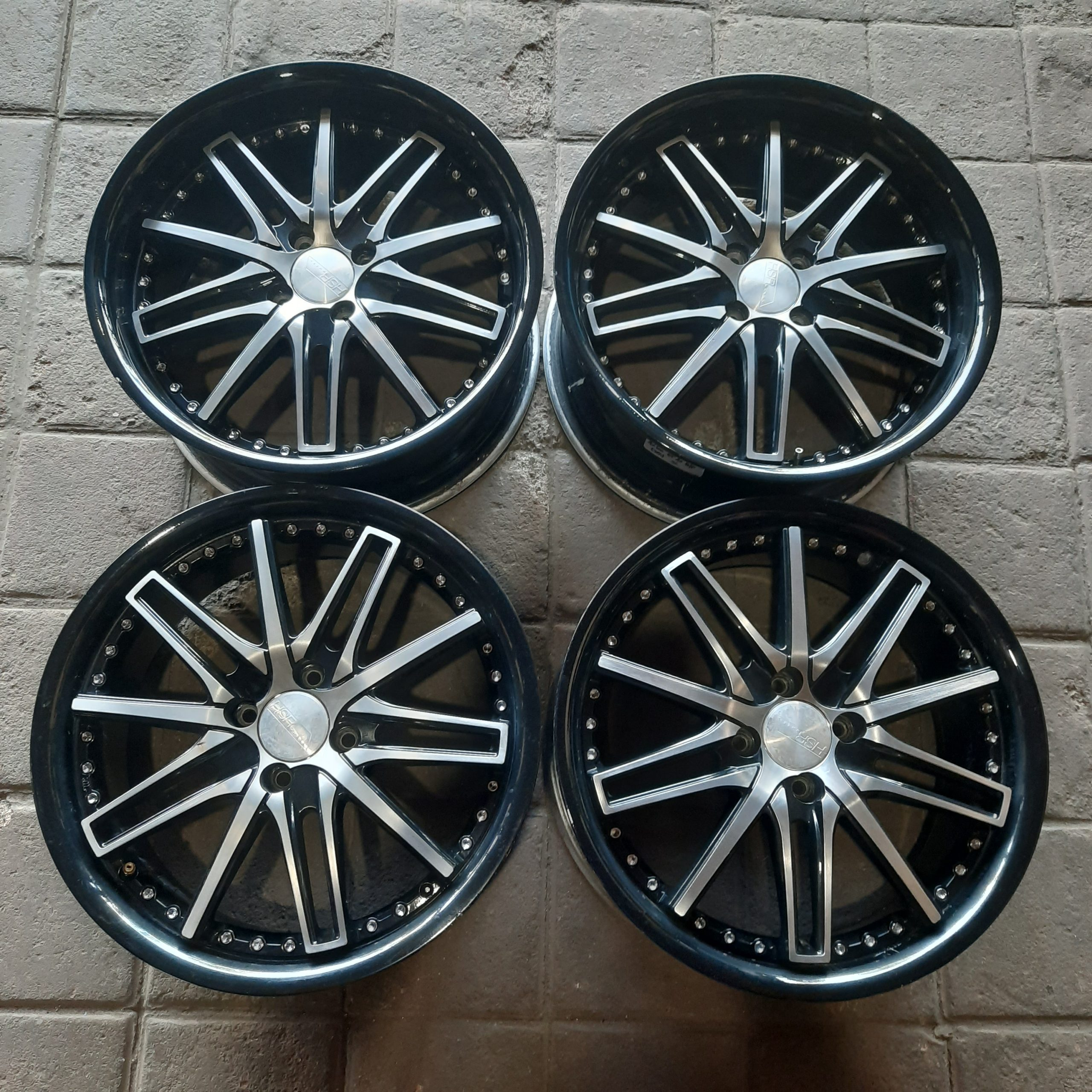 Velg racing second R17×7 pcd 4×100 et42