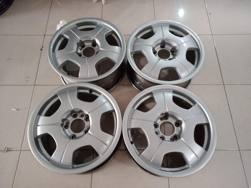 Velg second murah type akuza ring16x7 pcd 9×114,3 et35 silver