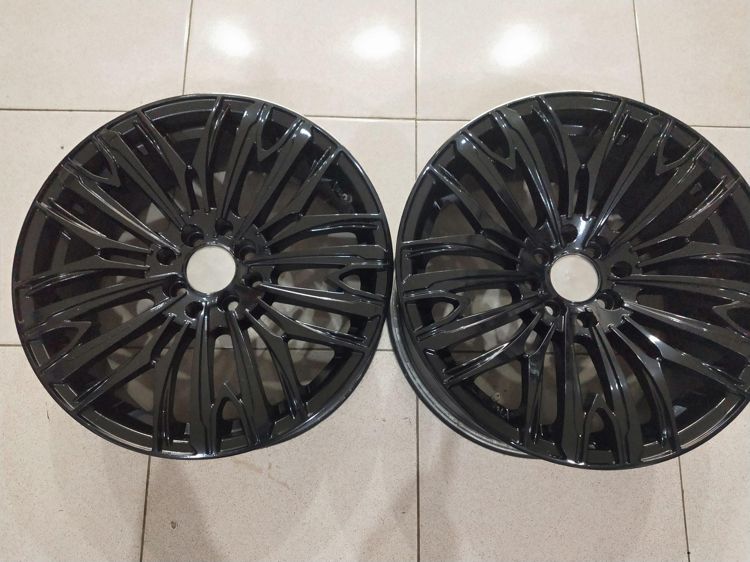 Velg racing modelart ring17x75/9 h8x100-114,3 et42/38 black