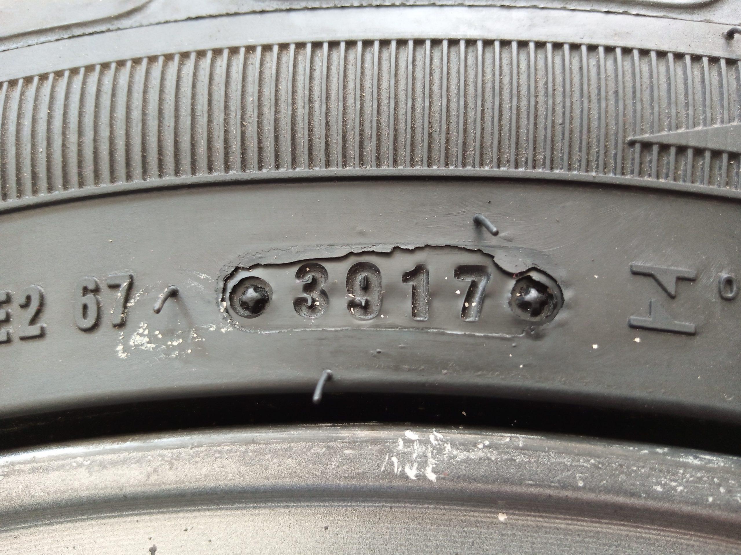 Velg Bekas HSR Type Rostock Blade Ring 17 + Ban 235/45/R17