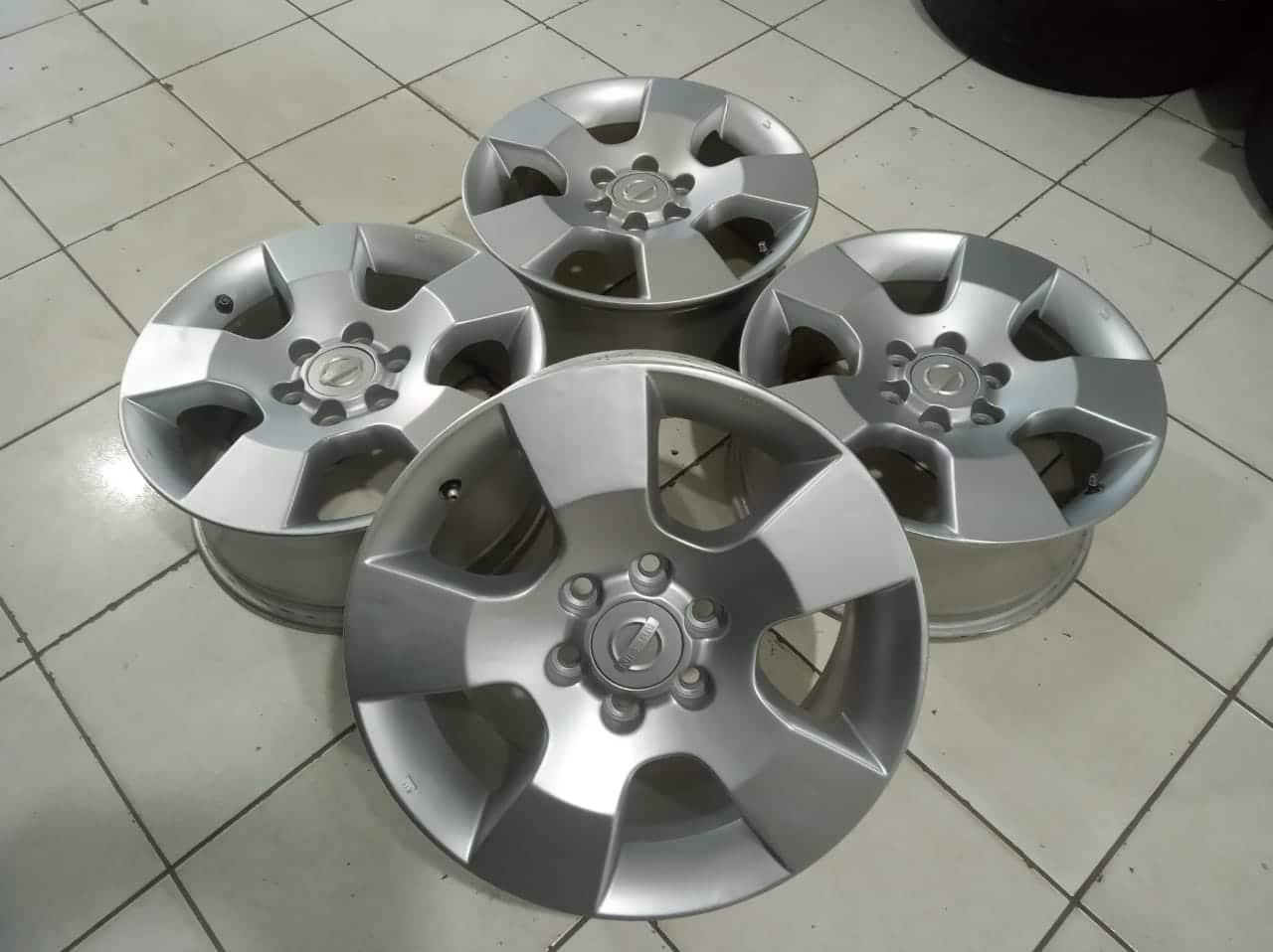 Jual velg Ring 16 untuk Nissan navara