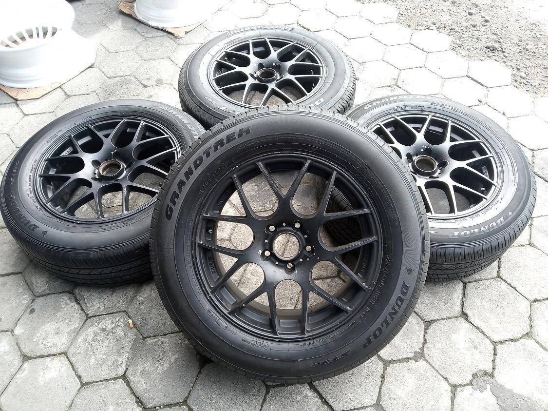 Velg Racing BBS R17x7 ET45 pcd 5×114 + Ban 225/65R17 (4pcs)