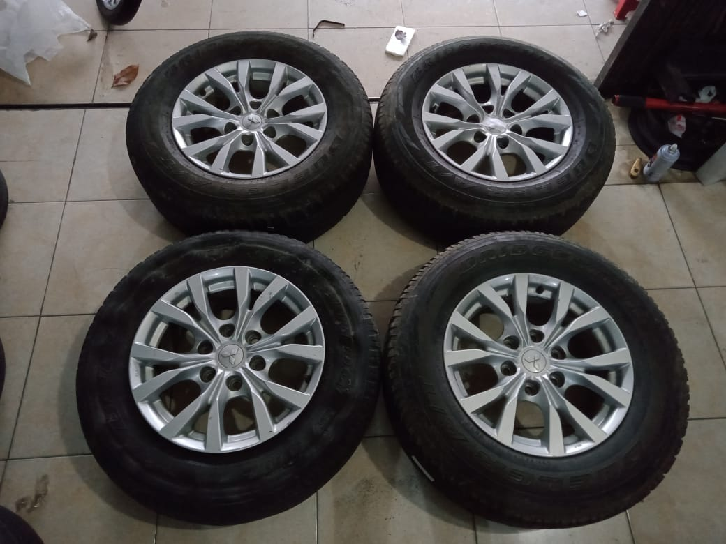 STD PAJERO EXCED +BAN BS(3) 265 65 R17