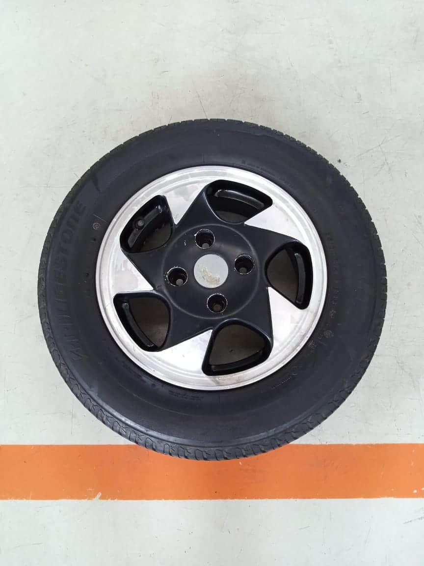 Velg Bekas Oem Hyundai Elantra Ring 14 + Ban Bridgestone Techno