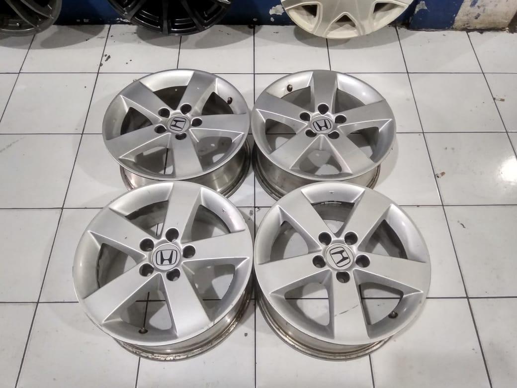 Velg mobil Second Bekasi  STD Civic R16x6,5  Pcd.5×114,3 Silver