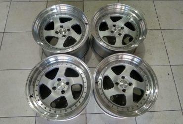 Velg Bekas Hsr R17x8,5/9,5 Pcd 4×100 Et 35 Silver Polish