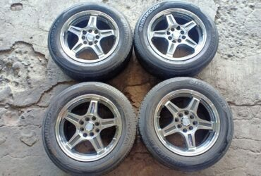 Tersedia Second Velg RAYS R15x6,5 H8x100/114,3 + BAN 185/65 R15