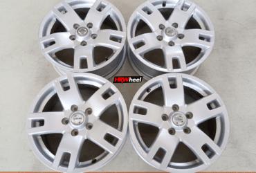 Velg Bekas Oem Nissan X-Trail Ring 16×6,4 ET:45 Pcd:5×114,3 Silver
