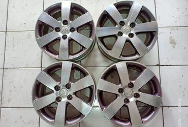 Velg OEM Suzuki Swift R15x5.5 H4x100 ET 45 Candy Polish