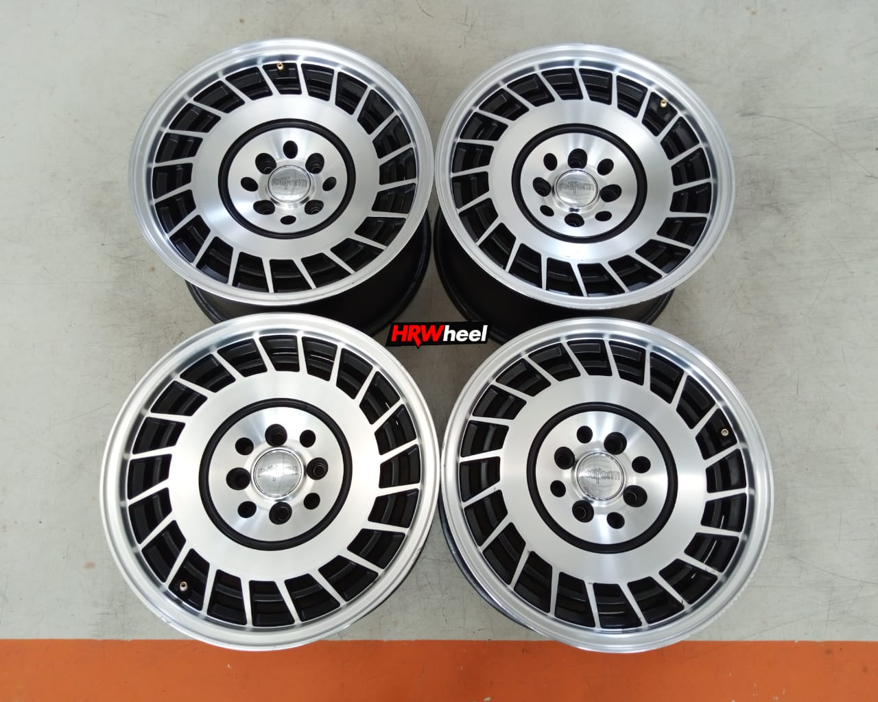 Velg Bekas Replika Rotiform Ring 15×7/8 ET:30/25 H:8×100+114,3