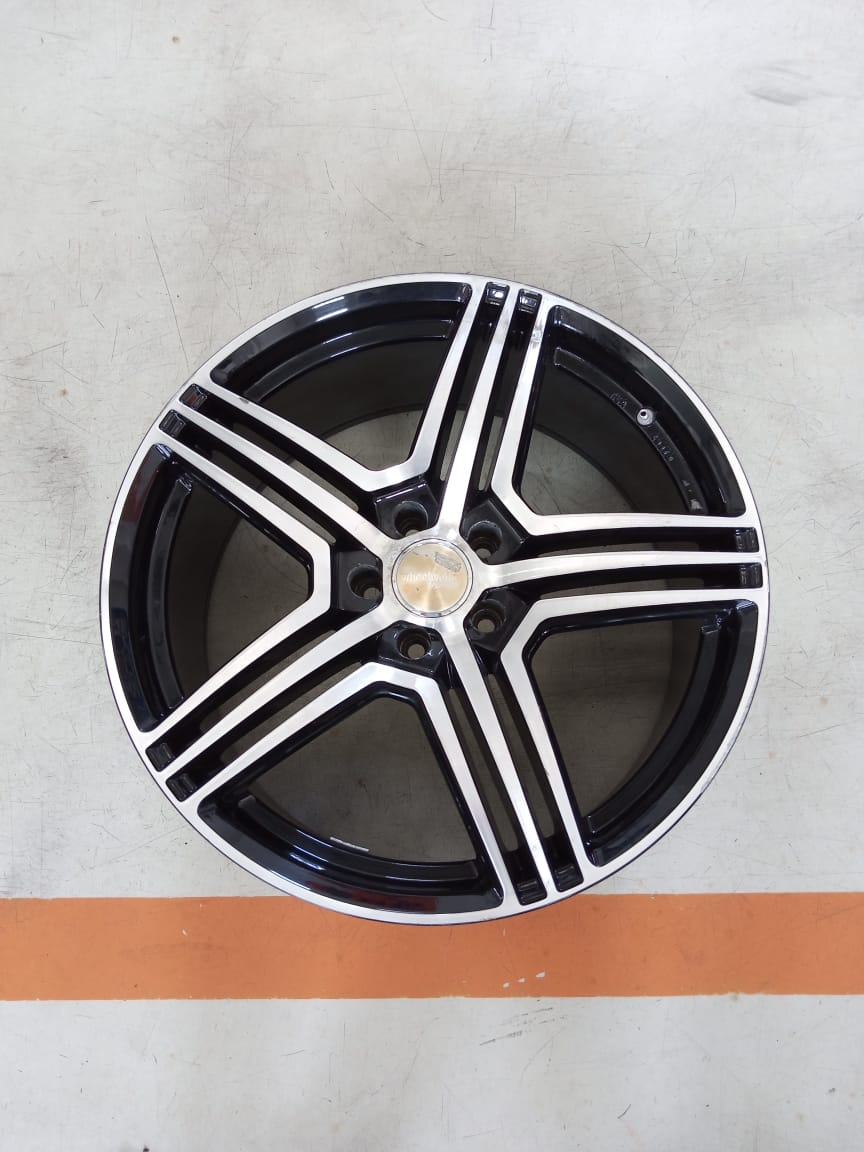 Velg Bekas Type WheelWorld Ring 20×9 ET:40 Pcd:5×114,3 Black Polish