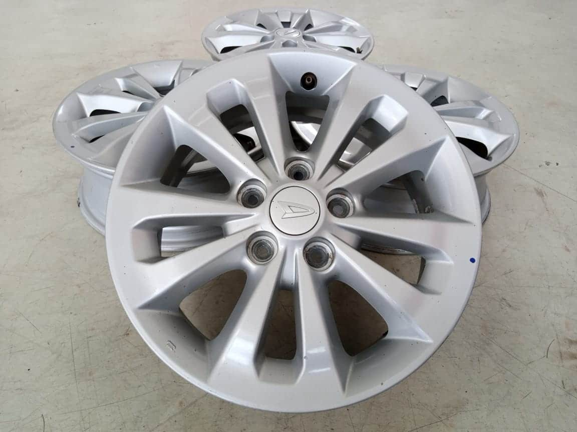 Velg Bekas Oem Daihatsu Terios Ring 16×6 ET:50 Pcd:5×114,3 Silver