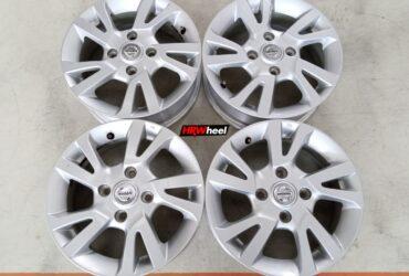 Velg Bekas Oem Nissan Livina Ring 15×5,5 ET:45 Pcd:4×114,3 Silver