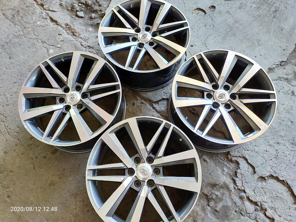 2nd LIKE NEW REP. FORTUNER VRZ R22X9 PCD 6X139,7 ET25 {FORTUNER,HILUX}