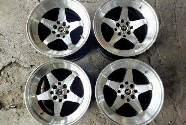 SALE/TT Velg Racing Sparco R16x8/9 H4x100/114,3 ET 30/28