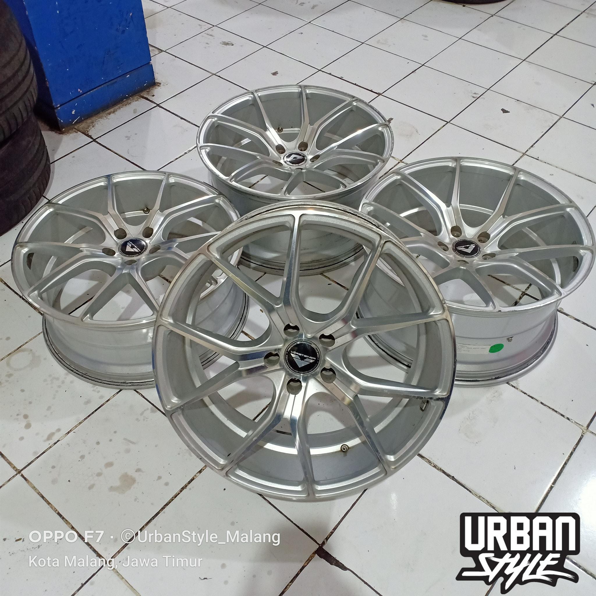Jual Velg VORSTEINER R20x8.5/10 H5x114.3 Et42/40 Silver Polish