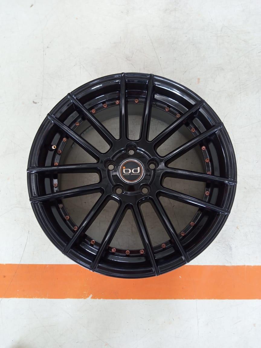 Velg Bekas Type APW Ring 18×8 ET:45 Pcd:5×114,3 Black