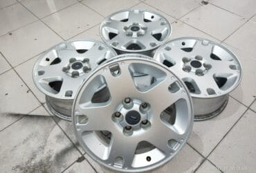 SALE VELG ORIGINAL FORD ESCAPE RING16X7 PCD5X114,3 SILVER