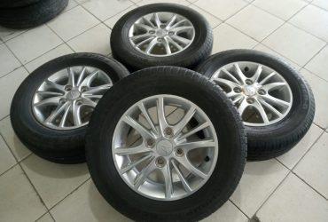 Velg Oem Mobil Xenia Ring 14 cocok untuk carry avanza futura