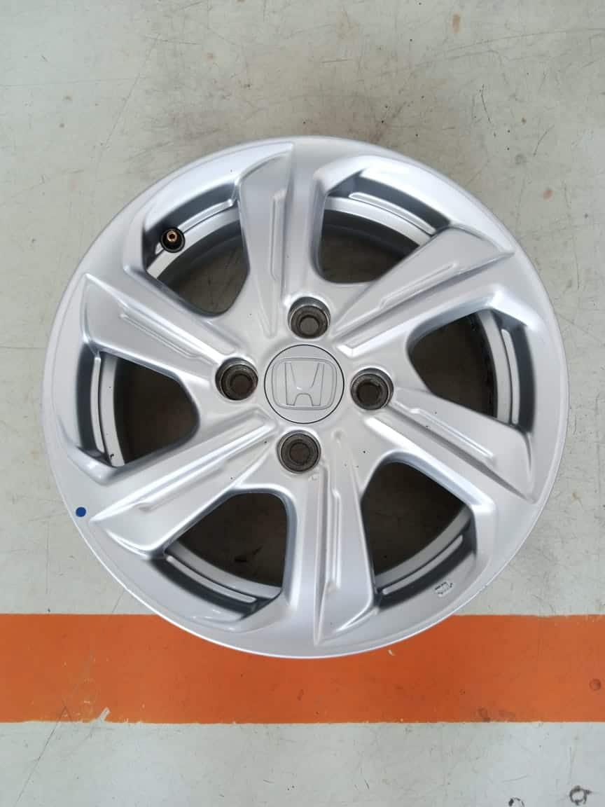 Velg Mobil Oem Honda Brio Ring 14×5 ET:50 Pcd:4×100 Silver