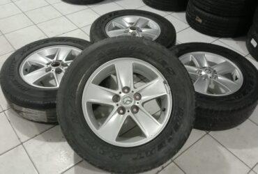 Velg Oem Mobil Mazda R16 untk inova luxio grand max carnval trajet