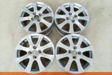 Velg Bekas Oem Mazda2 Ring 15 H:4×100 Silver