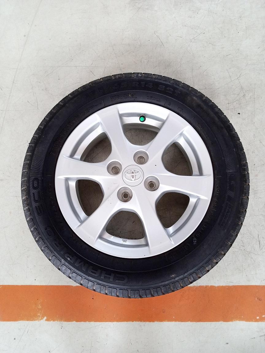 Velg Mobil Second Oem Toyota Agya Ring 14 + Ban Champiro 175 65 R14