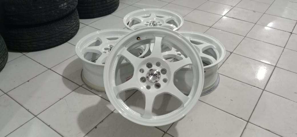 Velg Mobil Bekas Model Hsr Yuzawa White Ring 16 Pcd 4×100-4×114,3